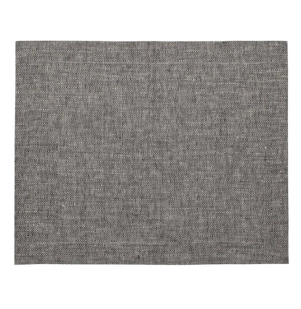 Zarasai table runner in black & white, 100% linen |Find the perfect table runners