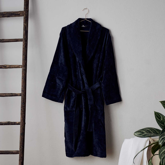 Dark blue Samora Bademantel | Home & Living inspiration | URBANARA