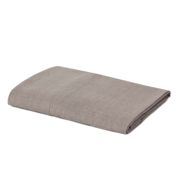 Cavaillon table runner in natural, 100% linen |Find the perfect table runners