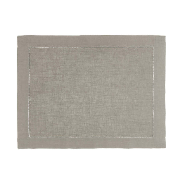 Cavaillon table runner in light grey, 100% linen |Find the perfect table runners
