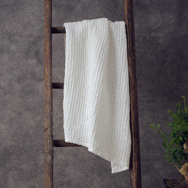 Mikawa Towel Collection off-white, 100% cotton | Find the perfect cotton towels