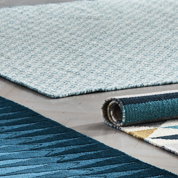 Overod Rug in turquoise & off-white | Home & Living inspiration | URBANARA
