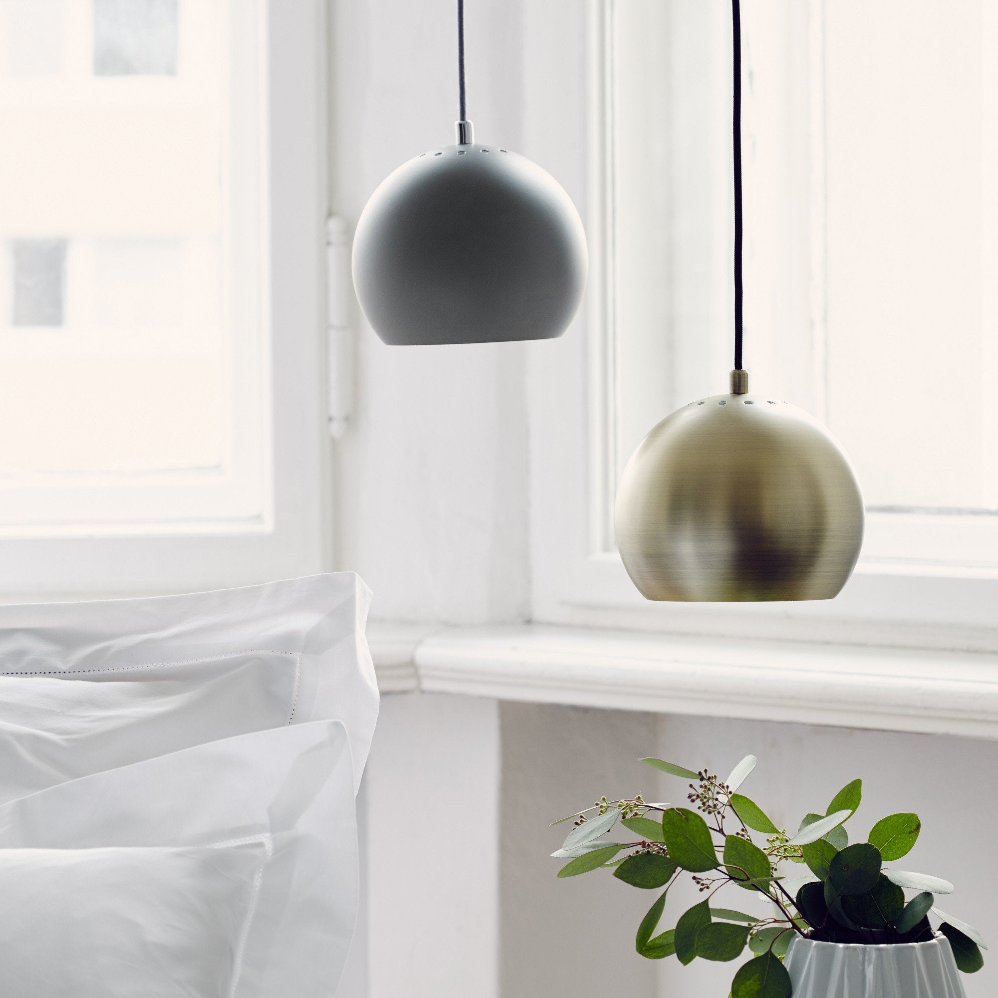 Light grey Koge Hängelampe | Home & Living inspiration | URBANARA
