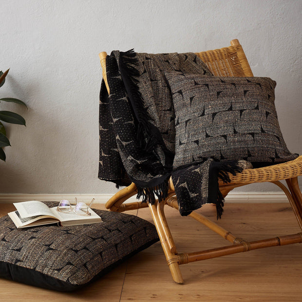 Araku Wool Blanket [Natural/Black]