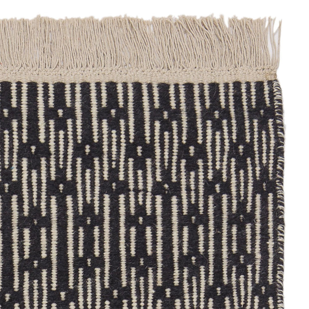 Lumaco rug, charcoal & off-white, 100% wool | URBANARA wool rugs