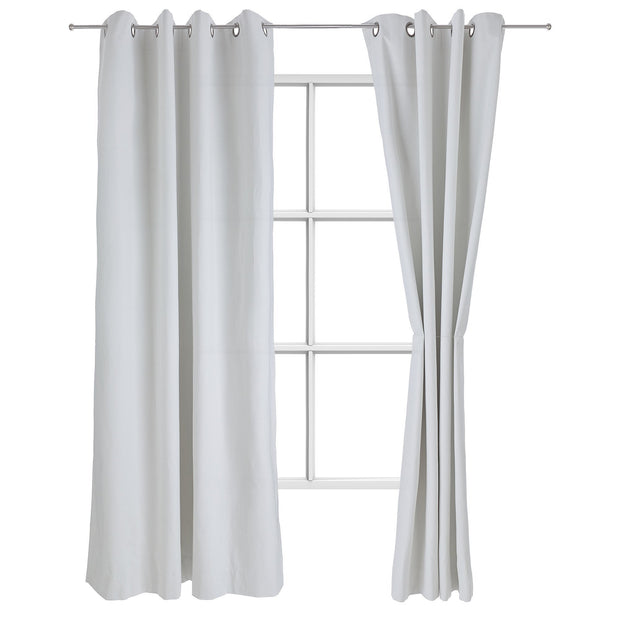 Ruyang curtain, natural white, 55% linen & 45% cotton