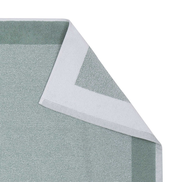 Light grey green & White Ventosa Badematte | Home & Living inspiration | URBANARA