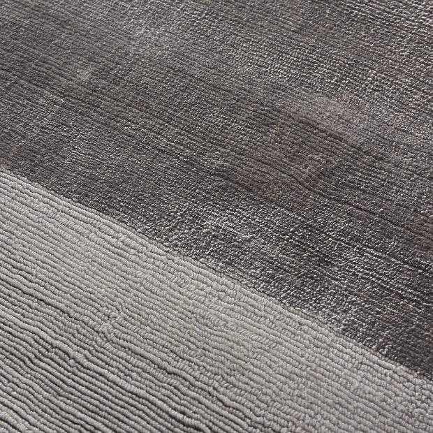 Enns rug in grey, 100% viscose |Find the perfect viscose rugs