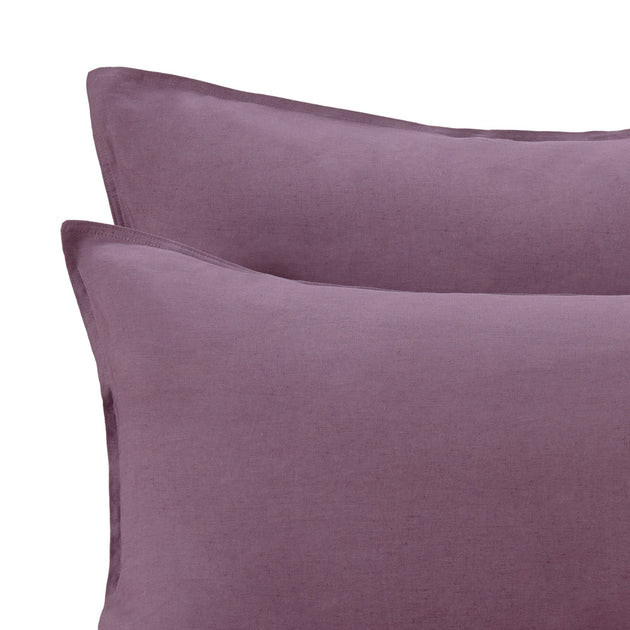 Bellvis Pillowcase Linen in aubergine | Home & Living inspiration | URBANARA
