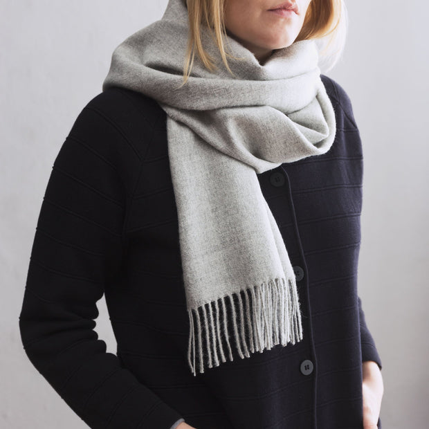 Limon Alpaca Scarf in light grey | Home & Living inspiration | URBANARA
