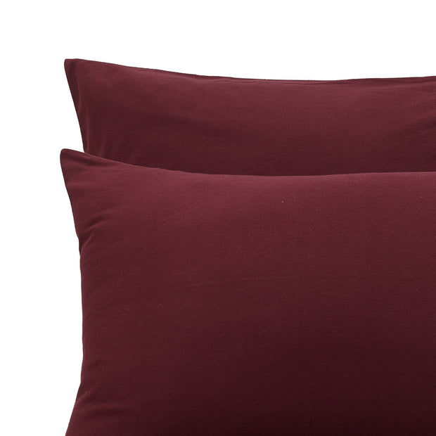 Montrose Flannel Pillowcase bordeaux red, 100% cotton | URBANARA flannel bedding