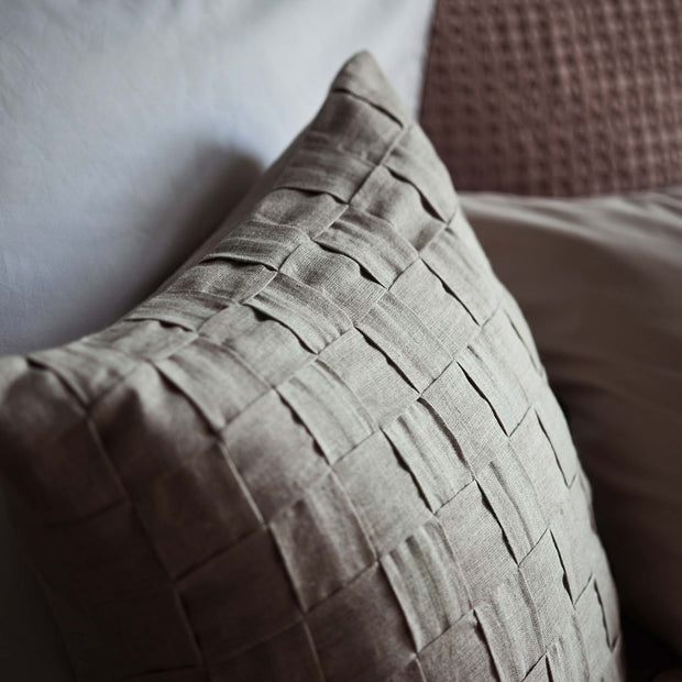 Akole Cushion natural, 100% linen | Find the perfect cushion covers