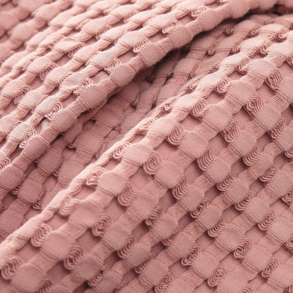Dusty pink Veiros Bademantel | Home & Living inspiration | URBANARA