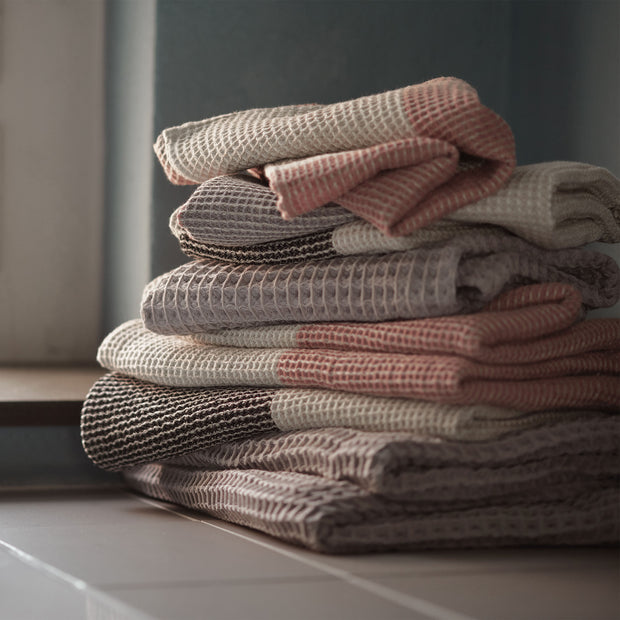 Kotra Towel Collection in dusty pink & natural & grey | Home & Living inspiration | URBANARA