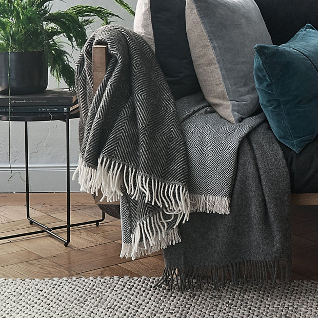Gotland blanket, black & cream, 100% new wool | URBANARA wool blankets
