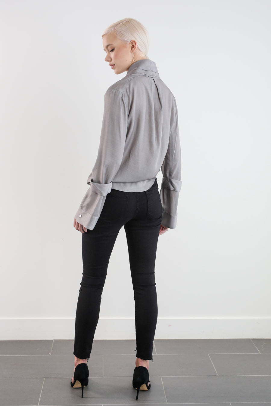 ALYSTER BLOUSE - GRAPHITE