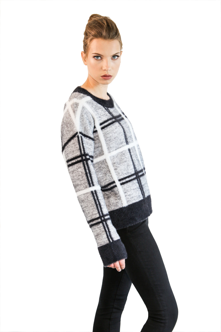LOCHLAN SWEATER
