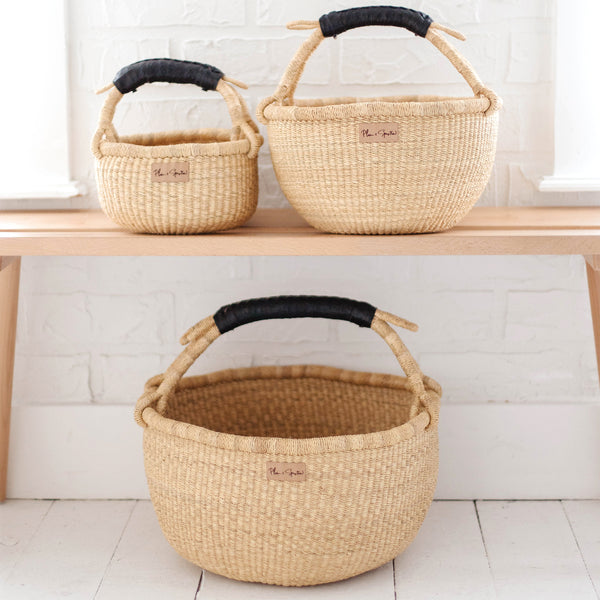Natural<br>Black Handle<br>Medium Market Basket