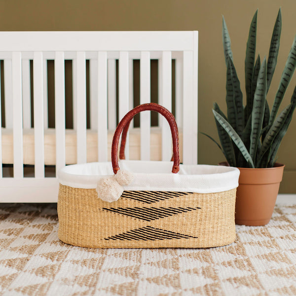 Oak<br>P+S Signature Collection<br>No Hood<br>African Moses Basket
