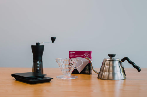 V60 Bundle: Plastic V60 + Scales + Grinder + Kettle + Filters