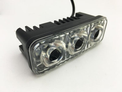Faro Auxiliar LED Rectangular de 3 LEDS - Brotherhood Biker Store