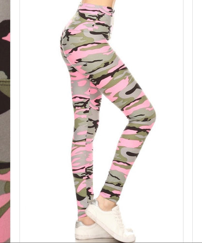 Pink Camo (5 in Yoga Waist Band)