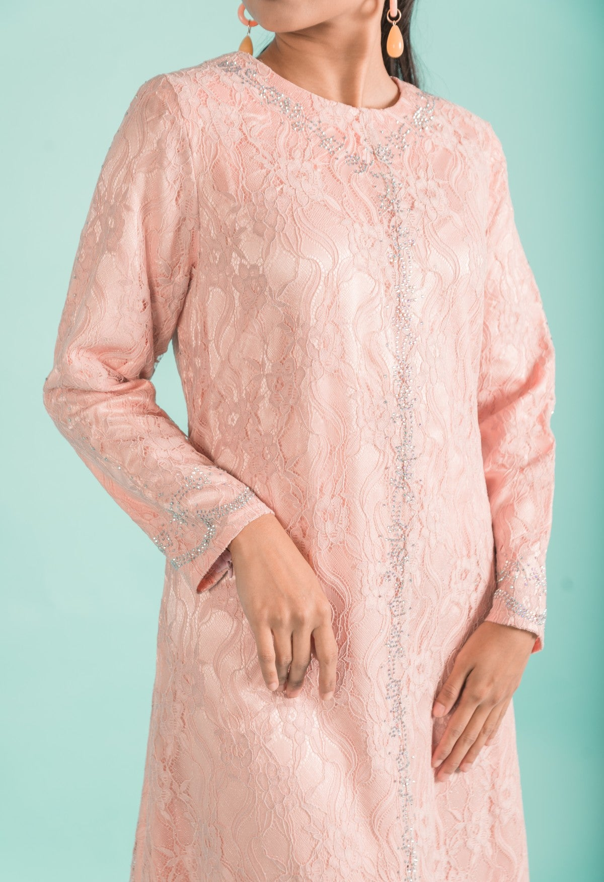 Load image into Gallery viewer, Soft Blush Pink Embellished Lace A-Line Modern Long Dress