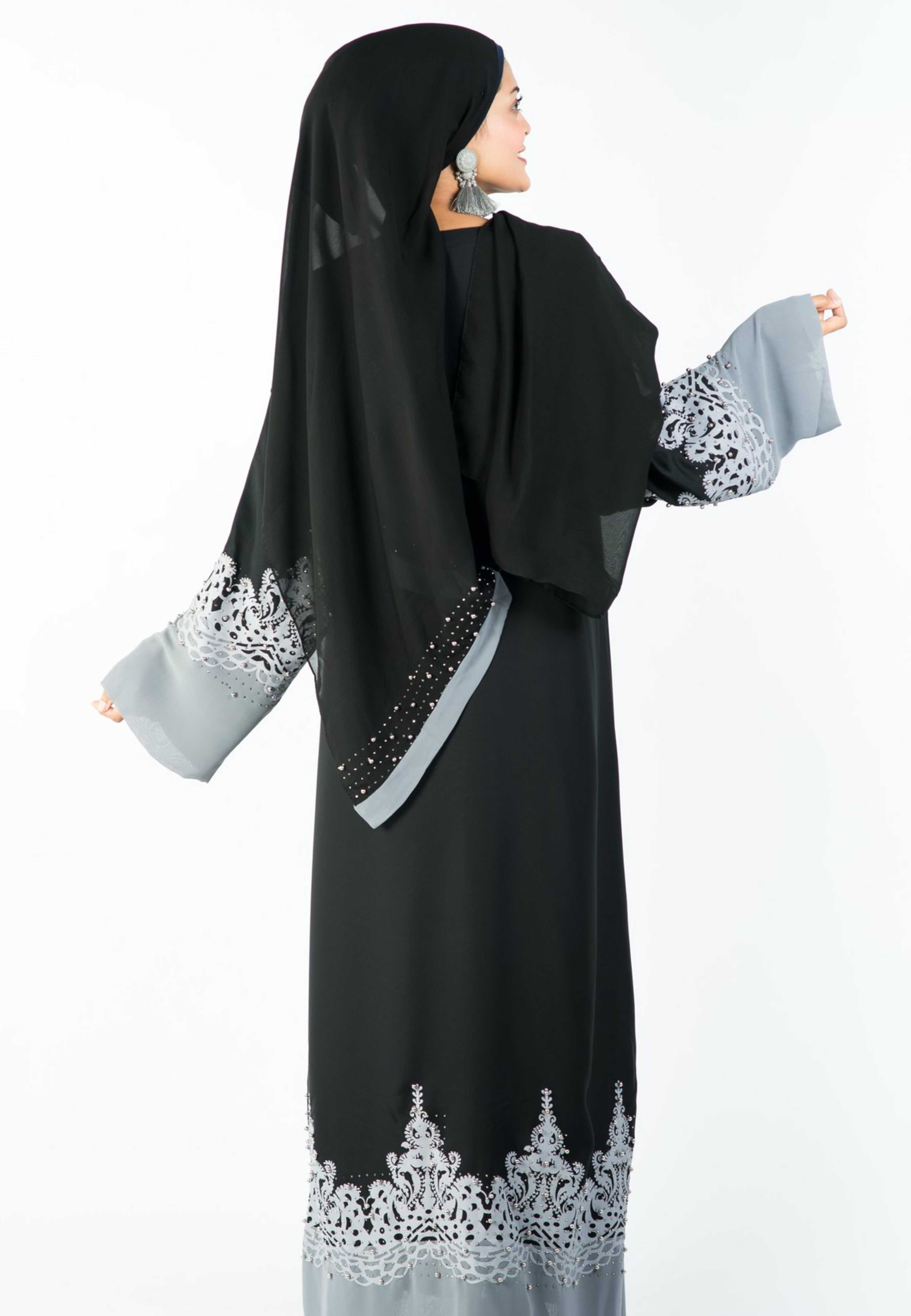 Load image into Gallery viewer, A-Line Abaya with Elegant Design on Flair