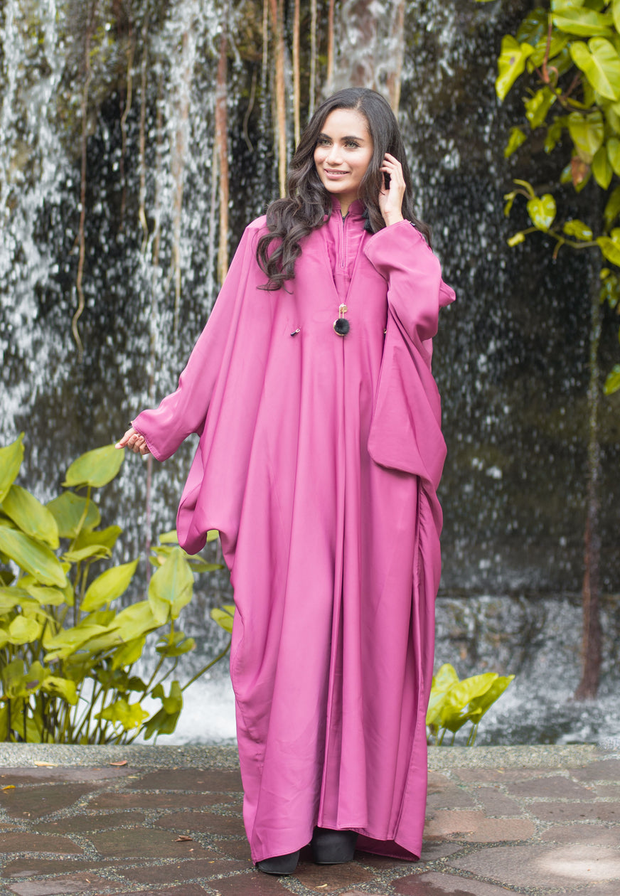 Batwing Sleeves Abaya with Mandarin Collar and Exclusive Brooch