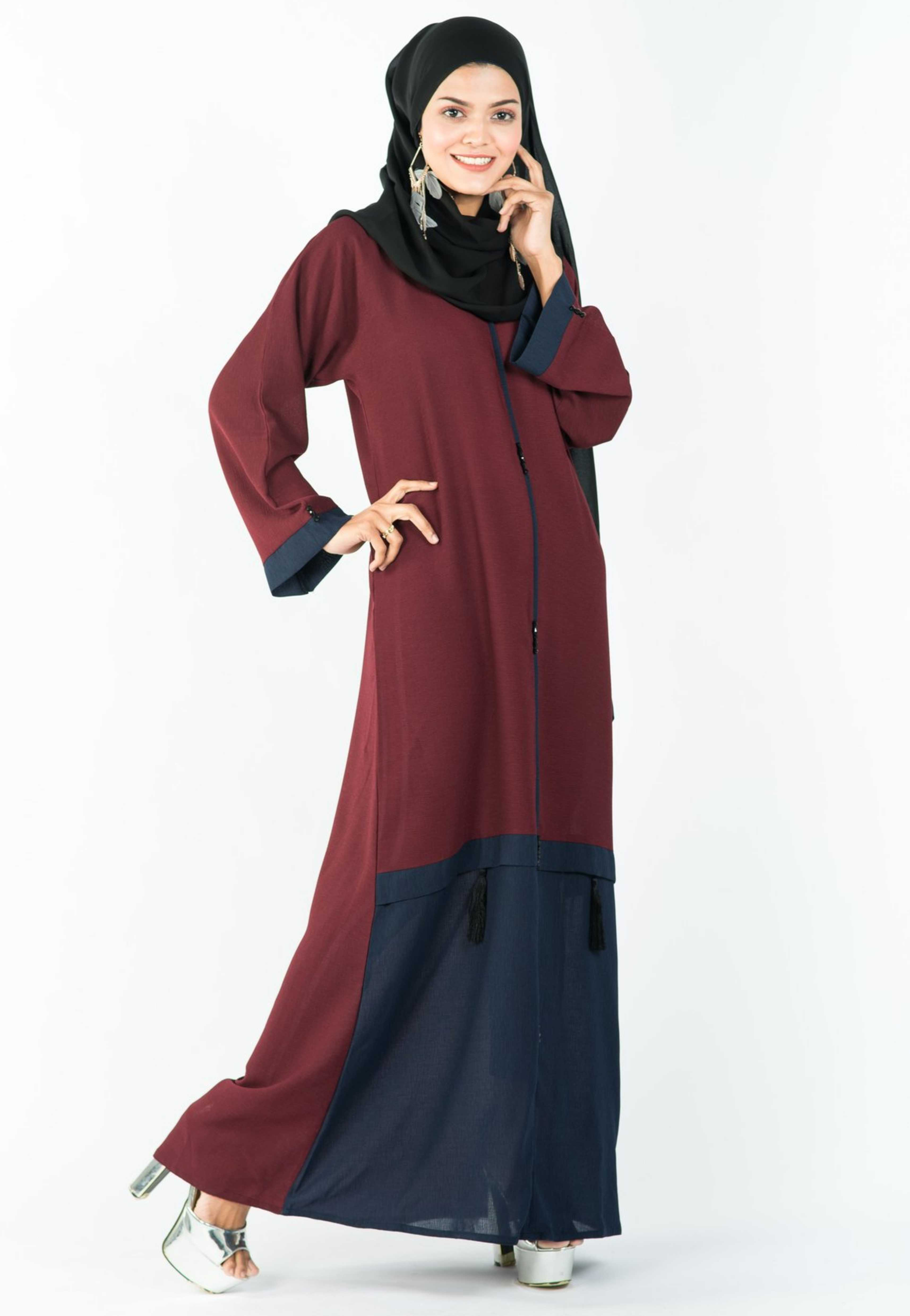 Load image into Gallery viewer, A-Line Maroon Abaya with a Grey Flair
