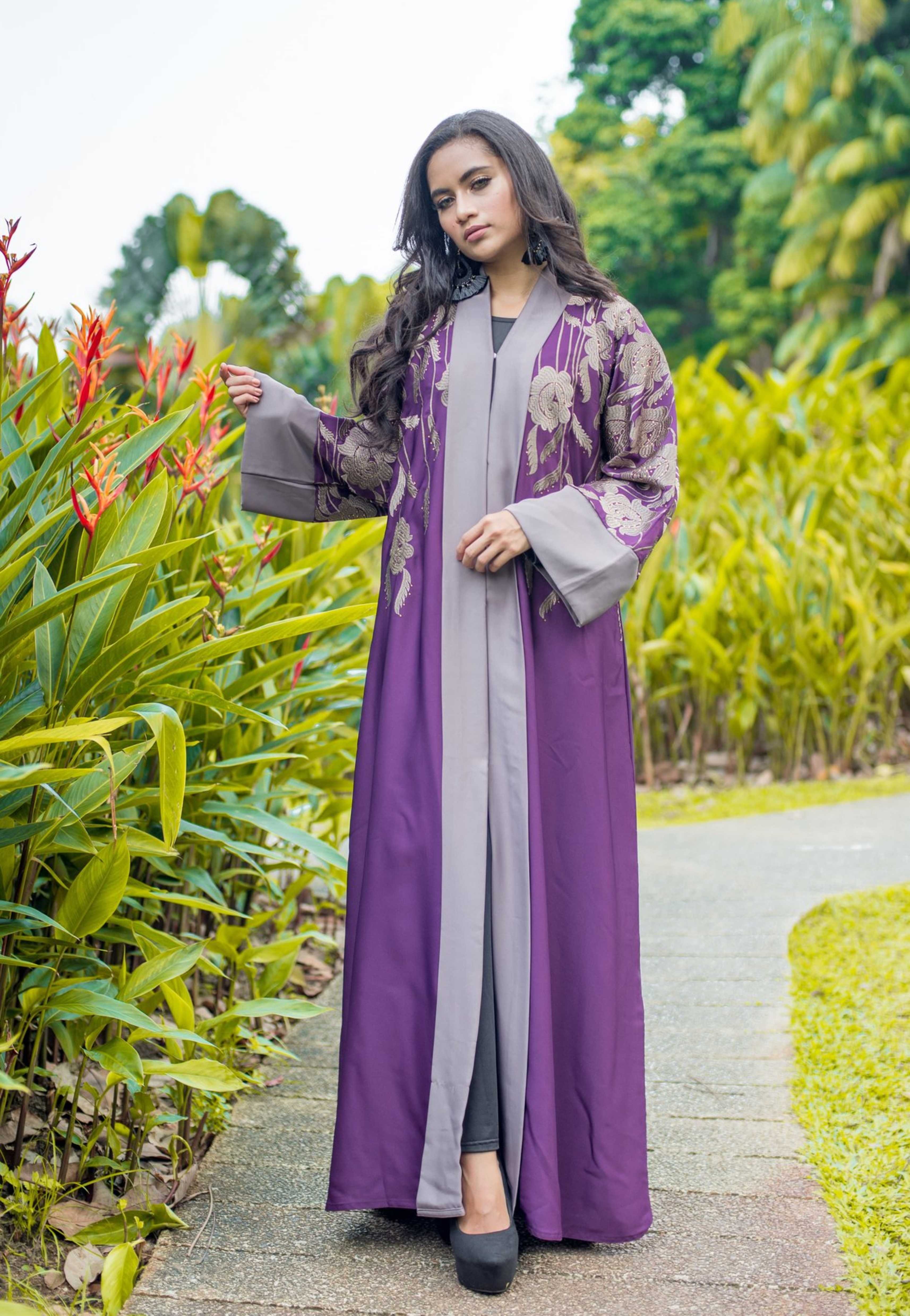 Load image into Gallery viewer, Kimono Style Abaya with Exclusive Embroidery and Front Buttons
