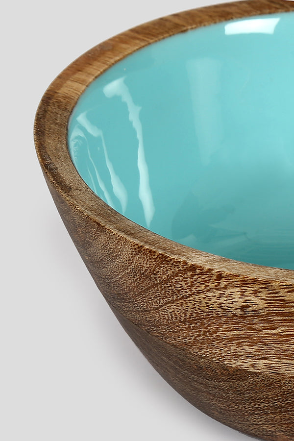 Wooden bowl and serveware