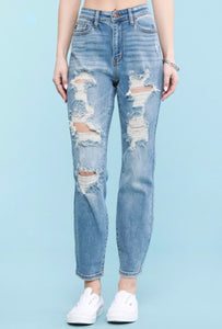 Lt Wash Destroyed Boyfriend Jeans