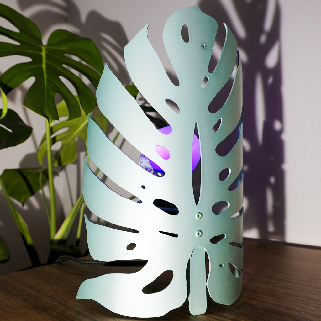Monstera Lamp