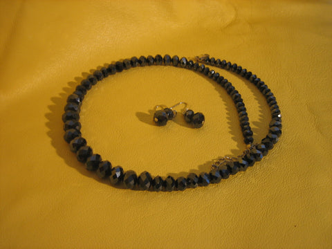 Black crystal necklace with earrings