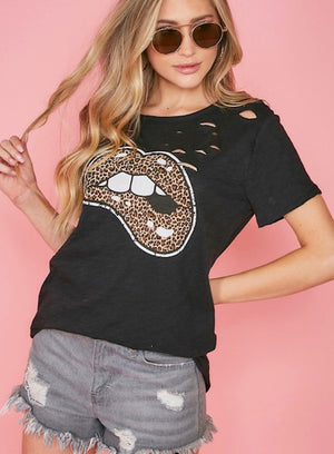 Leopard Lips Graphic Tee - Shop Amour Boutique