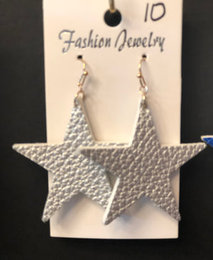 Earrings - $10 - Shop Amour Boutique