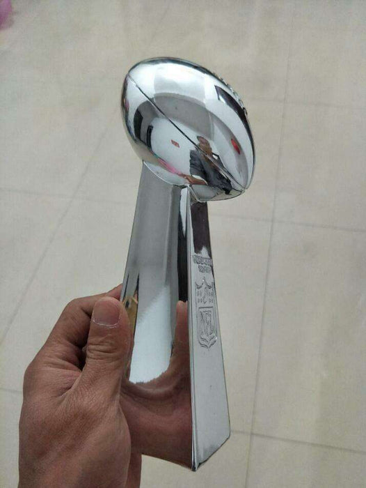 nfl_super_bowl_american_football_madden_vince_league_cup_lombardi_trophy_prize