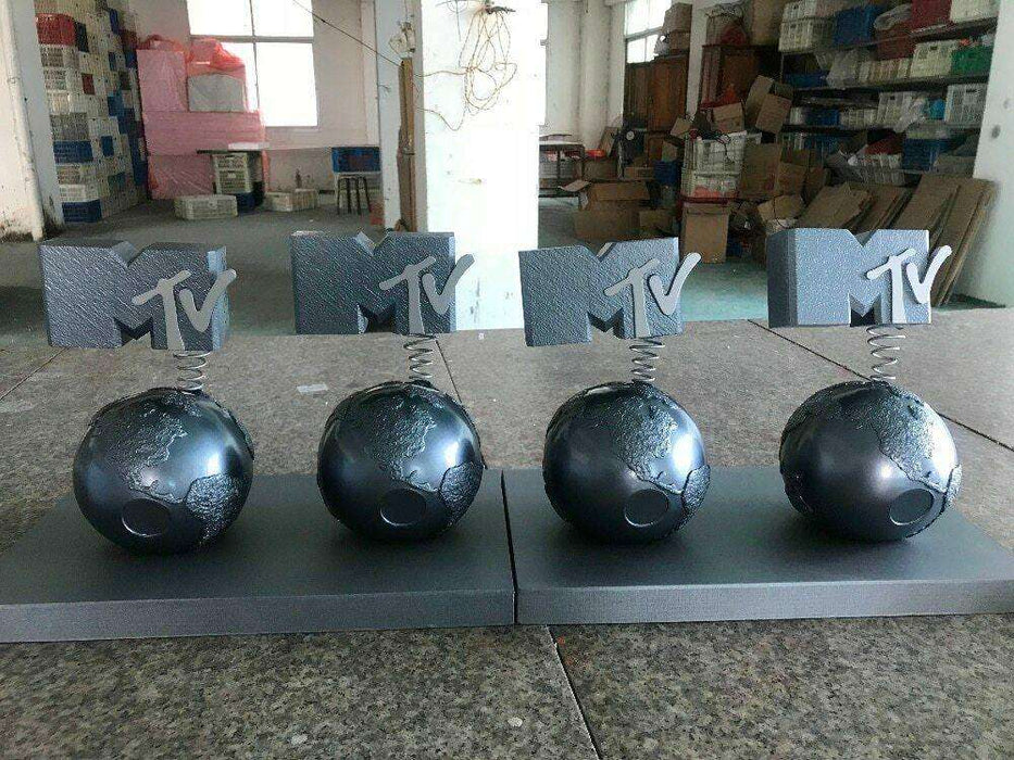 mtv_ema_europe_video_music_award_trophy_resin_replica_statue_figure_prize_dhl