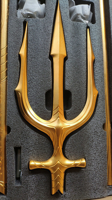Justice League (2017) - Aquaman's Trident 1:1 Scale Life-Size Replica Movie Prop