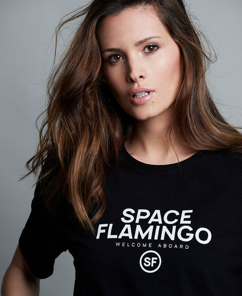 SPACE FLAMINGO CAMISETA NEGRA