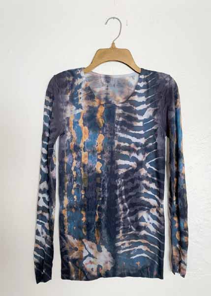 amb designs 3010-321a origins crew neck second skin top silver/gold color