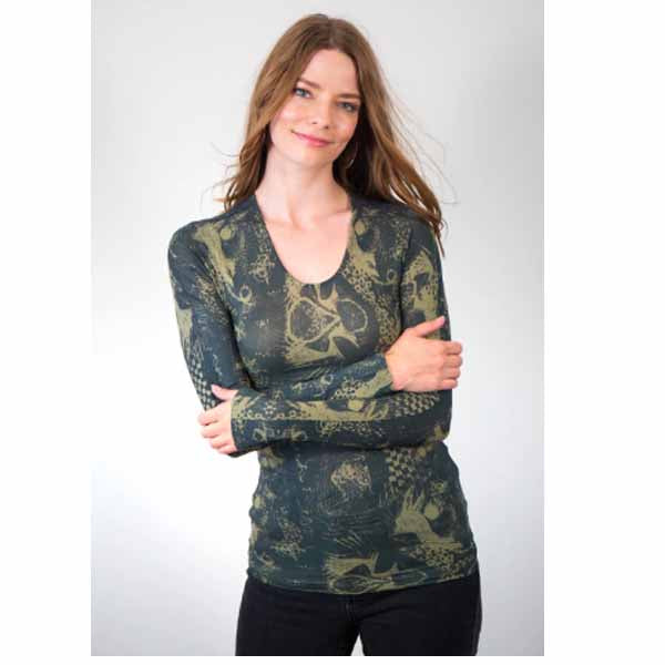 amb designs 3010-179 litography crew neck top olive