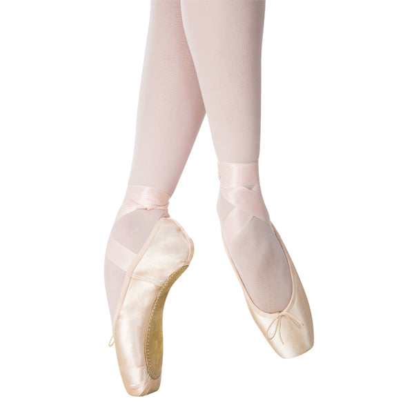 ghrishko nova pointe shoe swatch