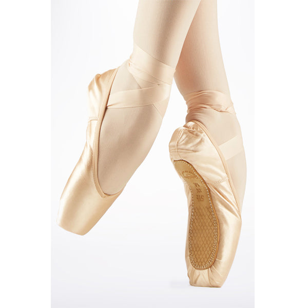 grishko nova pro pointe shoe swatch
