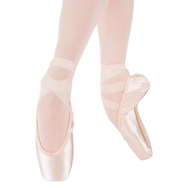 suffolk sterling pointe shoe
