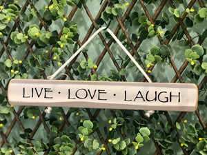 "On Cape Time ""Live, Laugh, Love"" Rope Sign"