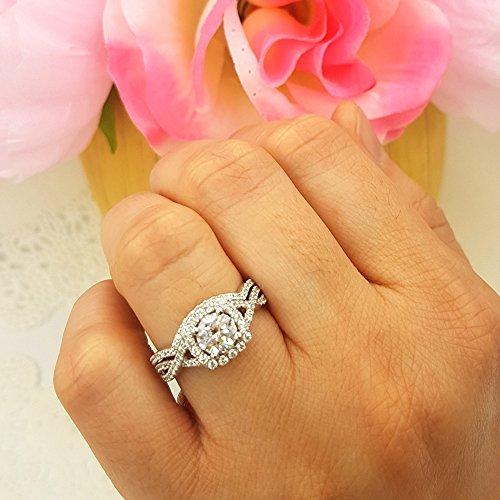 CERTIFIED   2.55 Carat (Ctw) 10K Gold Round Cut Cubic Zirconia Ladies Halo Engagement Ring Set 2 1/2 CT