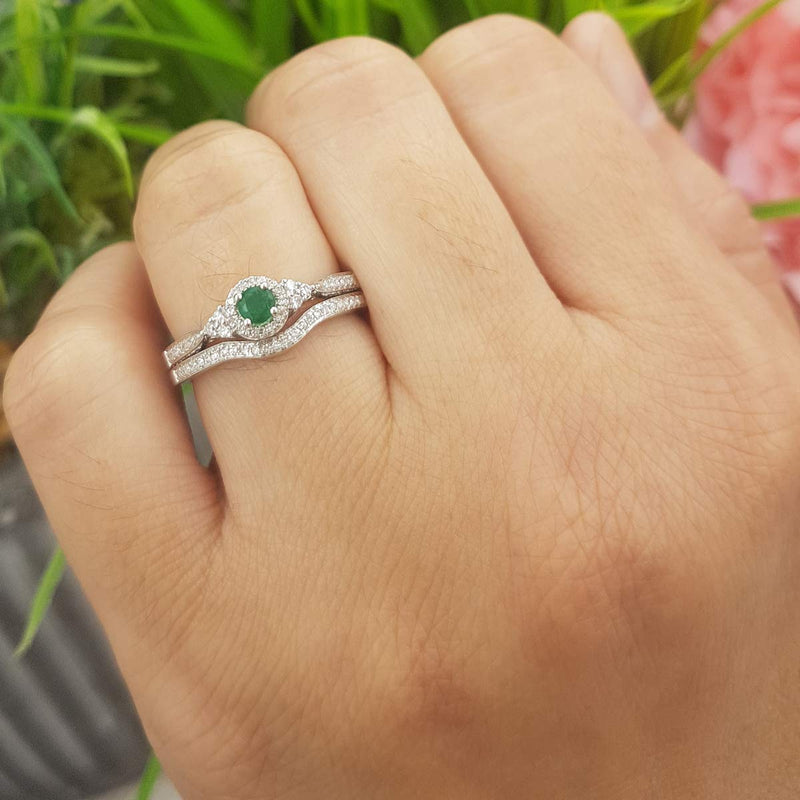 CERTIFIED   10K Round Emerald & White Diamond Ladies Halo Style Bridal Engagement Ring Matching Band Set, White Gold