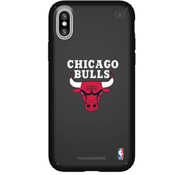Speck Black Presidio Series Phone case with Chicago Bulls Primary Logo